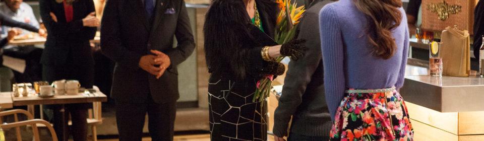 Lost Letter Mysteries E6: Signed, Sealed Delivered - Family Reunited - Carol Burnett