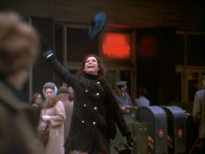 mary-tyler-moore-hat