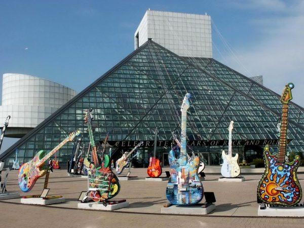 Rock N Roll Hall Of Fame Hours : long live the rock 39 n 39 roll hall of fame zoomer radio am740 ~ Vivirlamusica.com Haus und Dekorationen