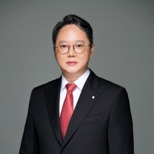 Yong Joo Kang