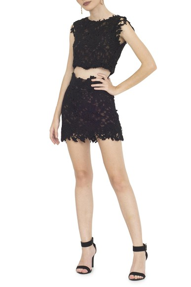 Vestido Cropped Black Guipir Lethicia