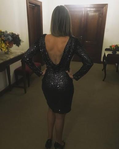 Adorei o vestido!! Esse já é o terceiro vestido que alugo com vcs, e comprei o voucher pois tenho vários casamentos até o meio do ano que vem!! Vale super a pena!!