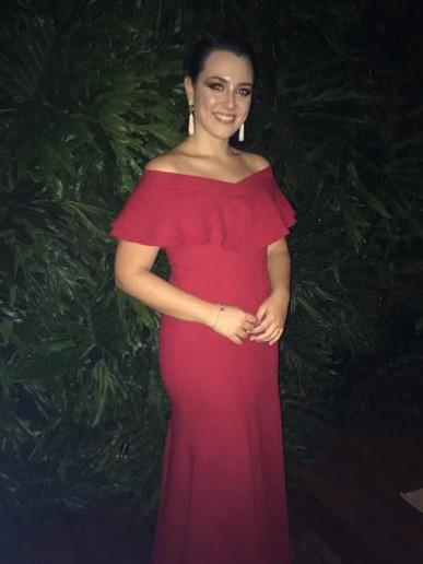 Galera da dress and go, parabéns pelo excelente serviço! Amei muito meu vestido! Me senti mais poderosa ainda😘