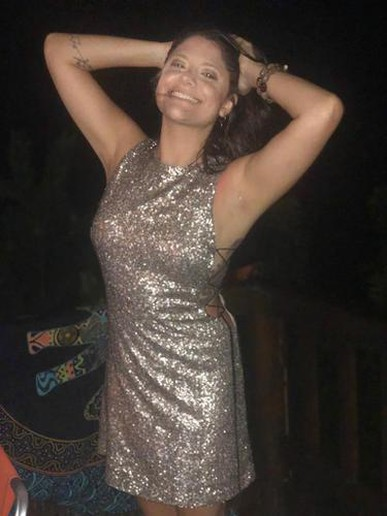 Amei o vestido! Como todas as outras vezes que aluguei com vocês, o vestido veio impecável, antes do prazo e o serviço sempre excelente! Indico para todas as amigas! Feliz ano novo a todas as colaboradoras e aguardando mais eventinhos em 2019 para usar os vestidos de vocês :)