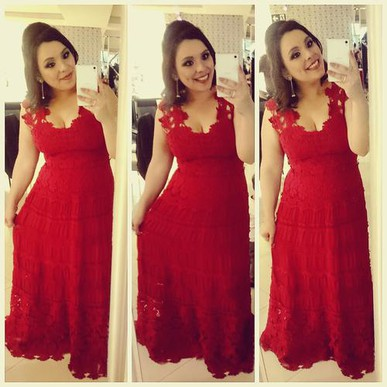 Foi tudo maravilhoso meninas! O vestido chegou impecável e todos elogiaram. Me senti linda. Obrigada por toda a ajuda.