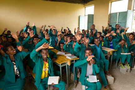Grade 9 students in Peace Corps Ethiopia Volunteer Ally Walker's English class.