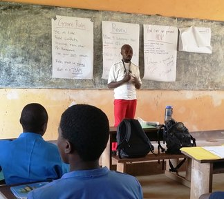 Men in HIV/AIDS education 5