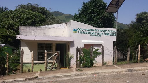 Exterior of rural savings cooperative, La República Dominicana, 2017