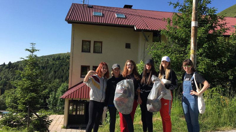 Girls learned about environmental practices and held a trash cleanup exercise