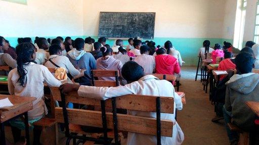 Classroom photo of children.