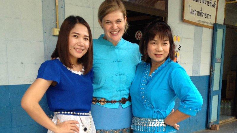 Making friends, Thailand
