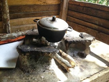 Most women in Copey still use traditional cooking techniques that are detrimental to their and their families' health.