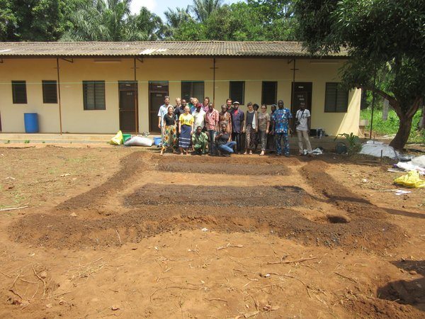 The finished product – we planted aloe, corn, beans, swiss chard and lemongrass after this!