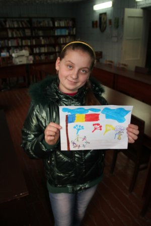 During PC Week 2016, we hosted a Creative Hour at the library, inviting community members to participate in Peace Corps' third goal: Helping Americans learn about other countries and cultures. They were asked to draw or write about something they'd like Americans to know about Moldova.