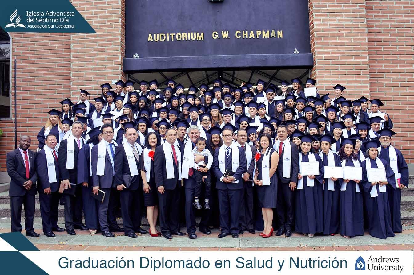 Graduación en Diplomado de Salud y Nutrición