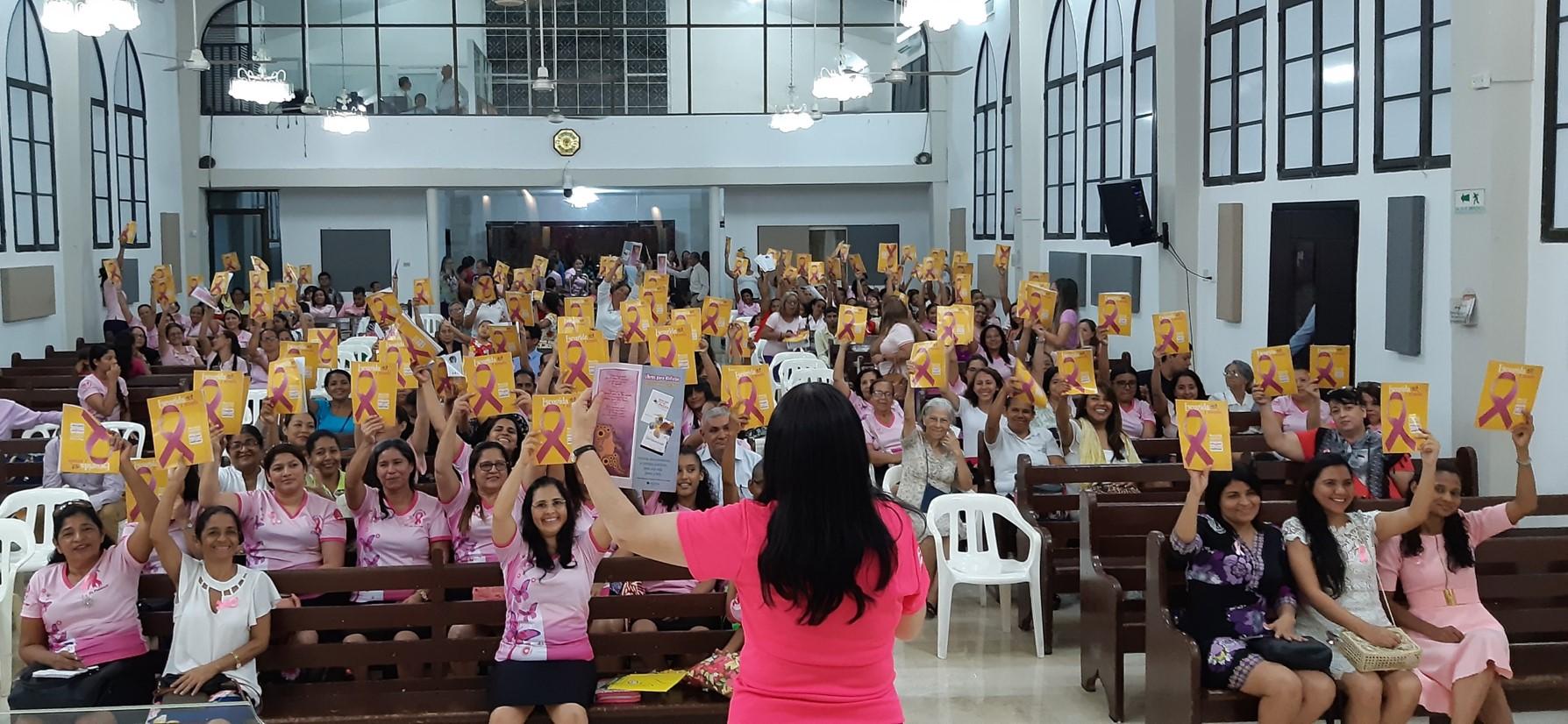 Mujeres de la Iglesia Adventista en el Norte de Colombia lideraron campaña en el Día Internacional de la Lucha Contra el Cáncer de Mama