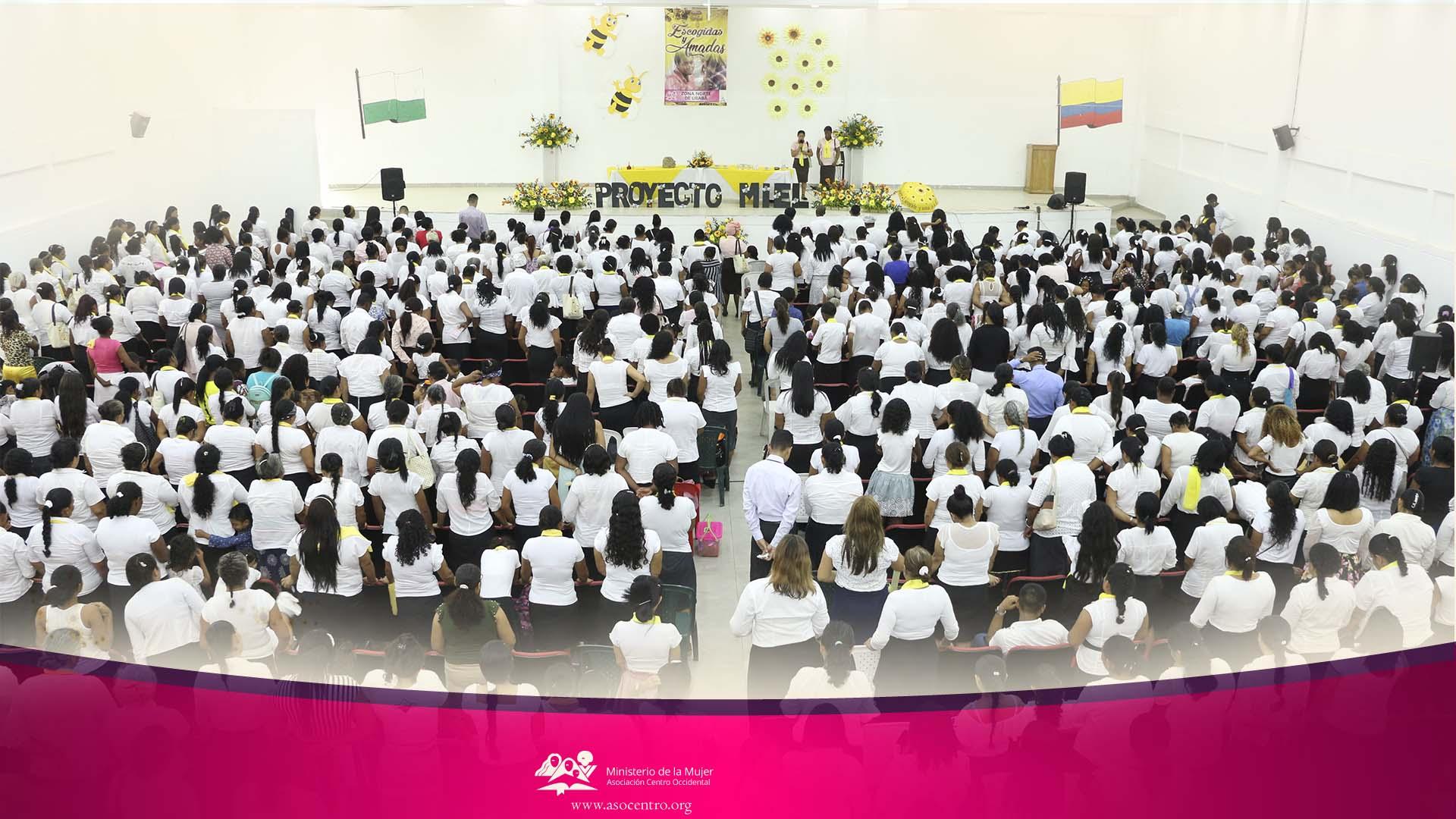 """Mujeres de la Zona norte de Urabá celebran congreso del Ministerio de la Mujer """"Escogidas y Amadas para Servir"""" y el lanzamiento del Proyecto MIEL."""