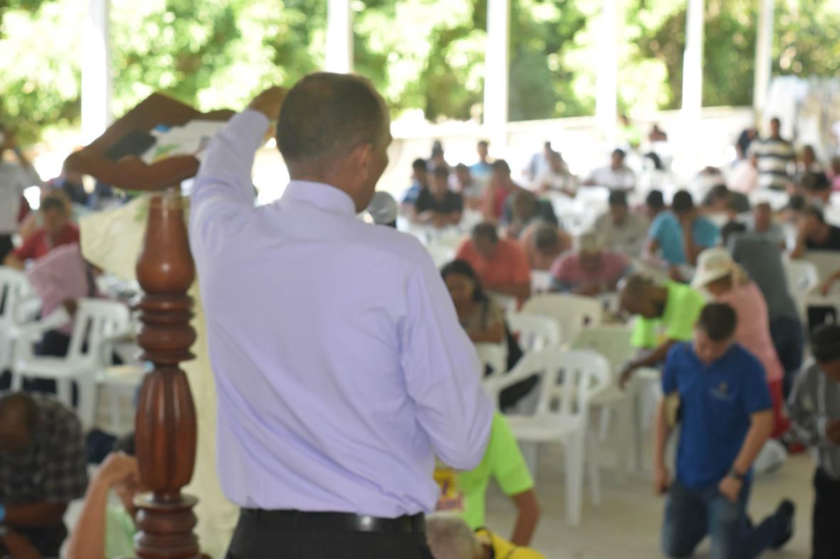 Congreso de Ancianos, Comprometidos con Dios