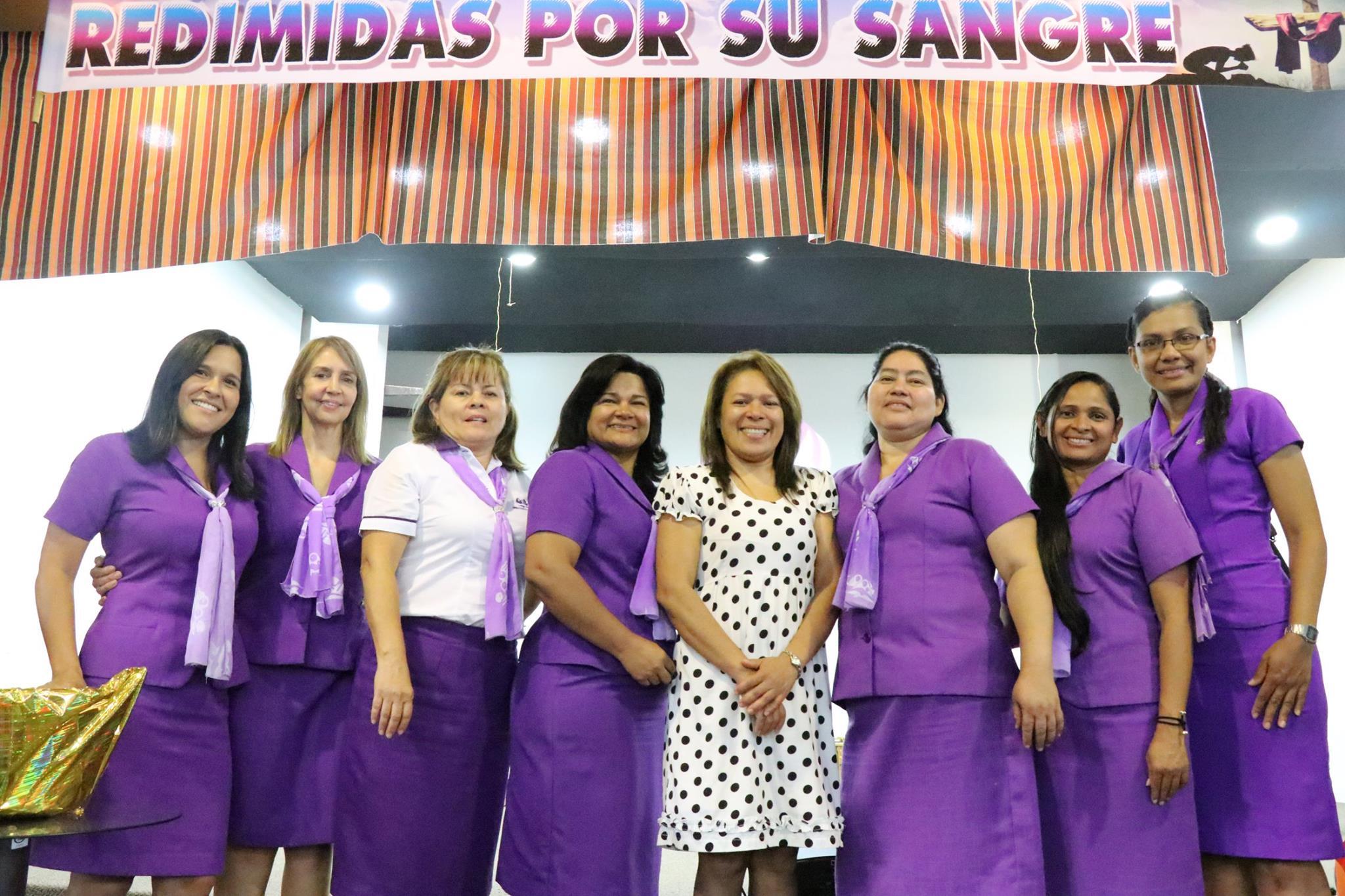 """Congreso  Metropolitano del Ministerio Mujer: """"Mujeres Redimidas por Su Sangre""""."""