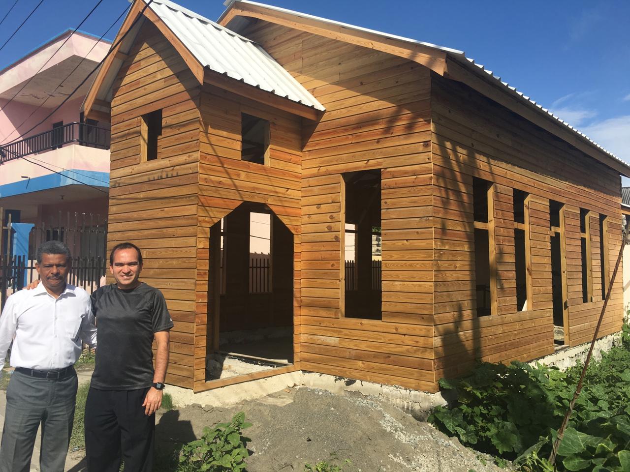 Visita de la UCN al Primer Templo Adventista en Colombia.
