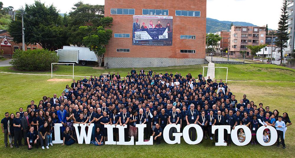 En Colombia, un congreso motiva a los jóvenes al servicio misionero