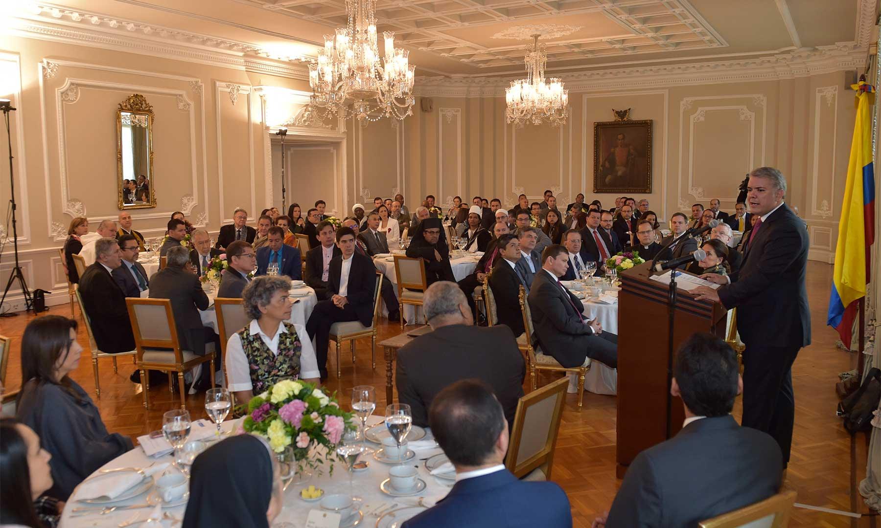 Encuentro entre líderes religiosos y el presidente de Colombia, reafirma el compromiso con la libertad Religiosa