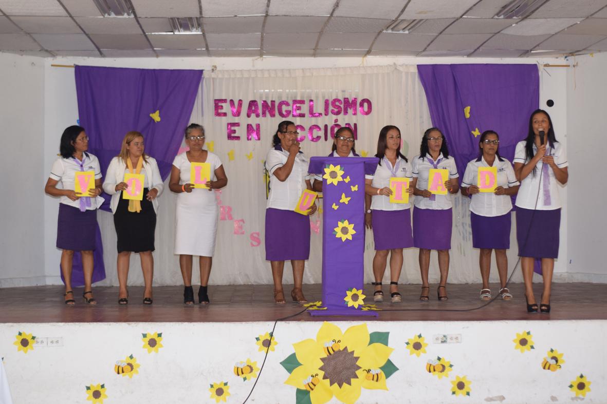 Las mujeres de Asoatlántico son Evangelistas en Acción