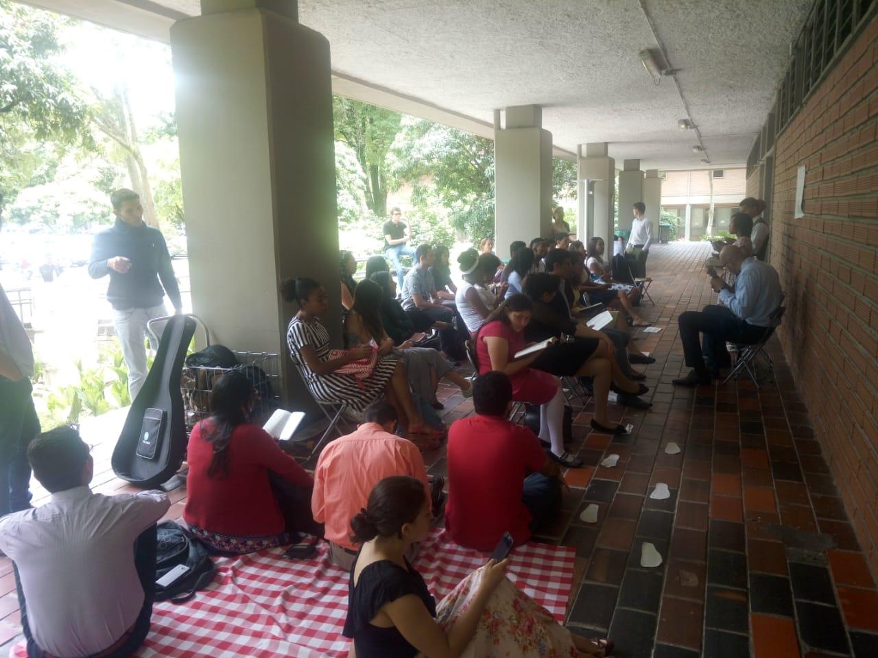 Nuestra iglesia de la UDEA (Universidad de Antioquia)