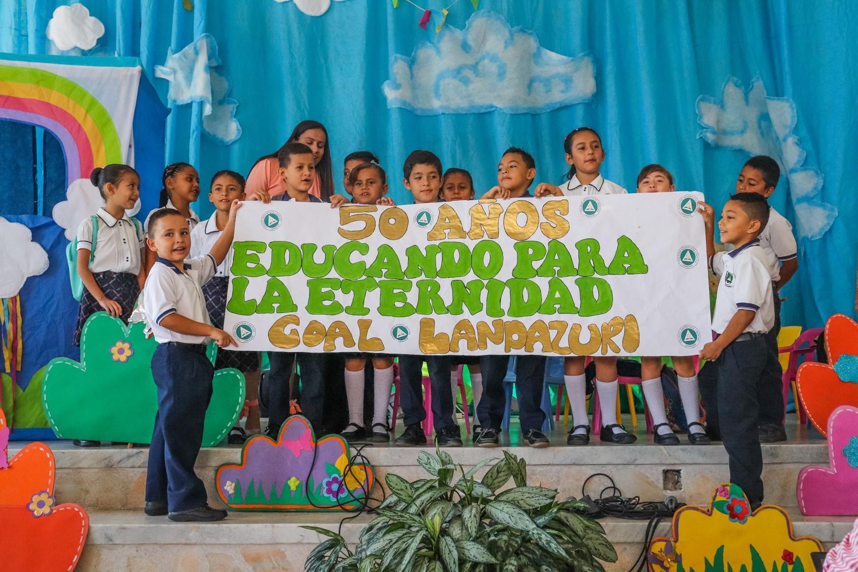 En el 50° aniversario del COAL de Landázuri líderes hacen énfasis en la importancia de la educación adventista