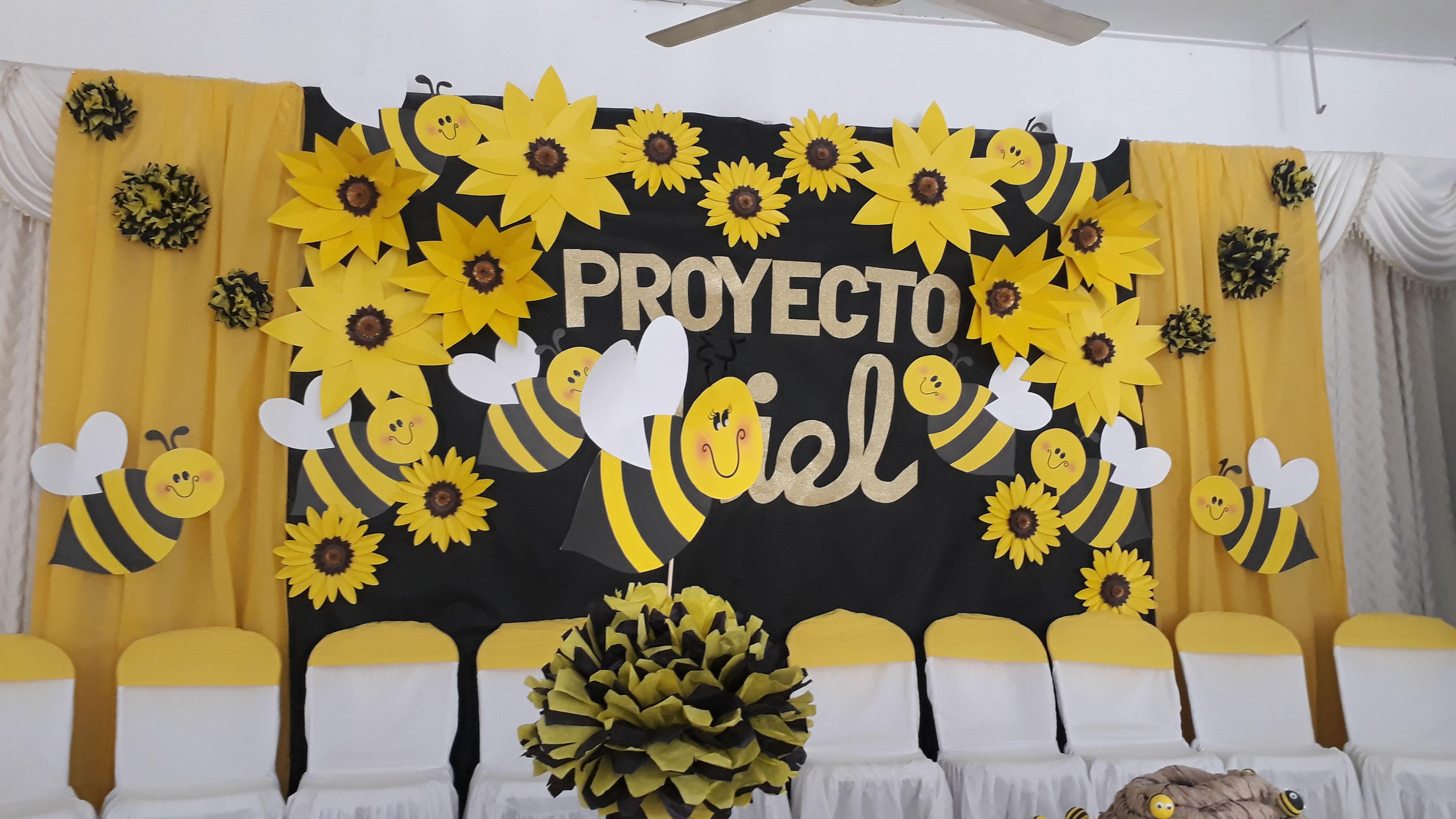 """La Mujeres en Asoatlántico """"son abejas que lleven el mensaje de la dulce verdad"""""""