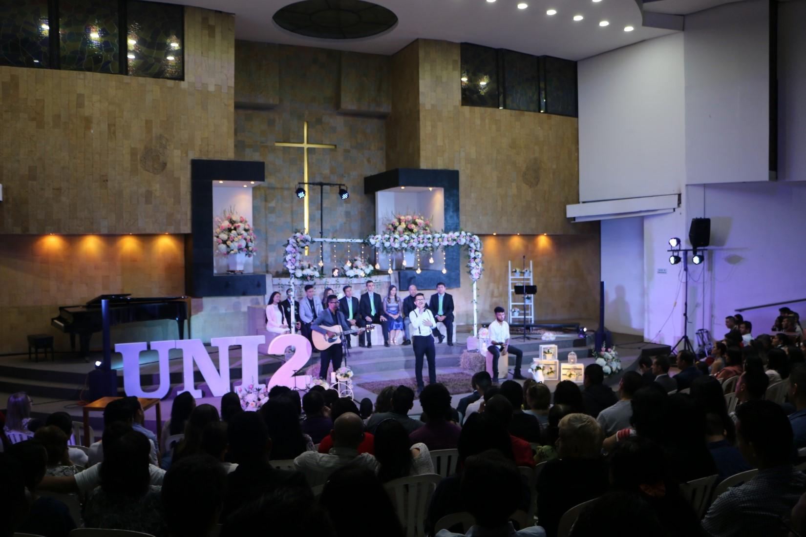 El concierto, que se realizó en la Iglesia de la Universidad Adventista de Colombia el pasado 18 de noviembre, contó con la participación de varios músicos adventistas entre ellos el cuarteto vocal Sabbath, Zion, Angeluz, la solista Mónica Ospina, José Cardozo, Cristian Arguello, Jeirsson Vargas, entre otros ministerios.