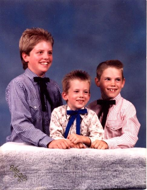 Young Nate with brothers