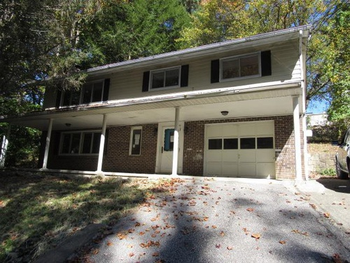Photograph of 1645 A Kenwood Rd, Charleston, WV 25314