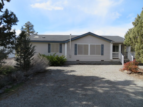 Photograph of 5741 Agate Ct, Montague, CA 96064
