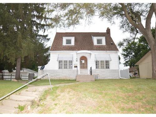 Photograph of 1435 E London Ave, Peoria, IL 61603