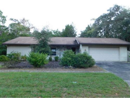Photograph of 12 Douglas St, Homosassa, FL 34446