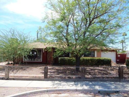 Photograph of 8531 E Chaparral Rd, Scottsdale, AZ 85250