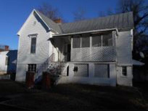 Photograph of 218 W James St, Danville, VA 24540
