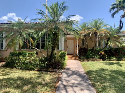 Photograph of 1535 Certosa Ave, Coral Gables, FL 33146