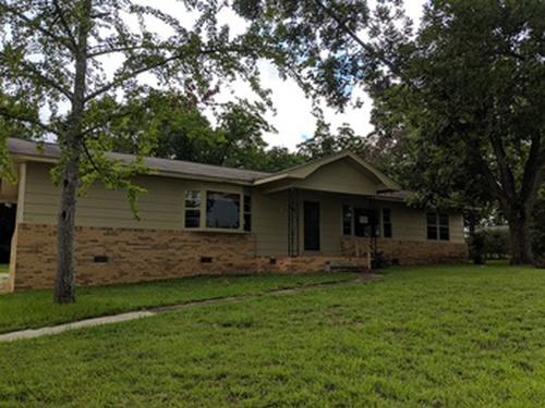 Photograph of 2613 Denton Rd, Dothan, AL 36303