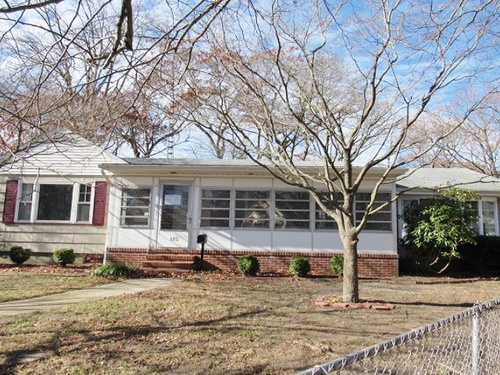 Photograph of 125 West Wyoming Ave, Absecon, NJ 08201