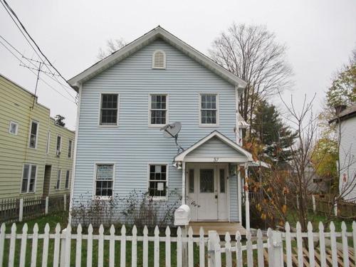 Photograph of 37 Center St, Hoosick Falls, NY 12090