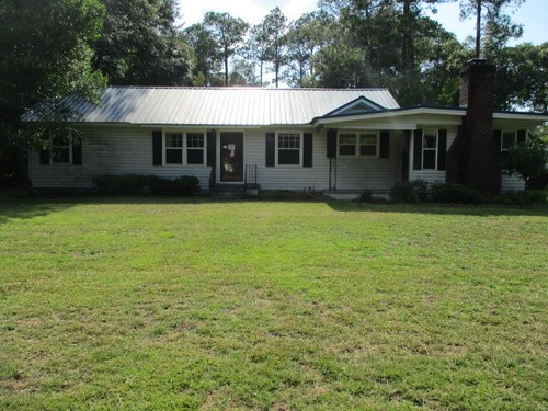 Photograph of 1808 4th St SE, Moultrie, GA 31768