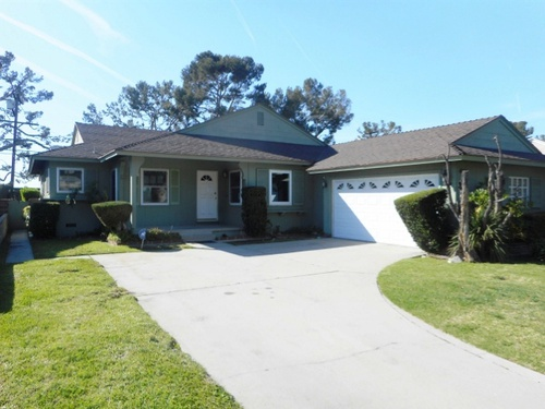Photograph of 9801 S. 11th Ave., Inglewood, CA 90305