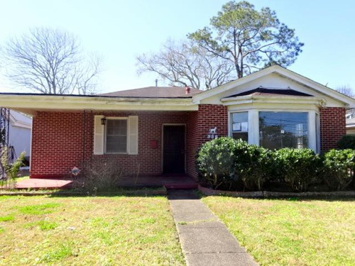 Photograph of 556 Jefferson Park Ave, Jefferson, LA 70121