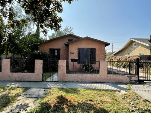 Photograph of 734 W 139th St, Compton, CA 90222
