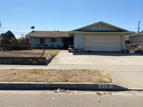 Photograph of 402 W Creston St, Santa Maria, CA 93458