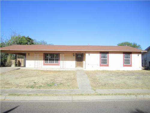 Photograph of 984 Vista Hermosa Dr, Eagle Pass, TX 78852