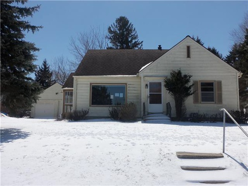 Photograph of 904 5th Ave SE, Austin, MN 55912