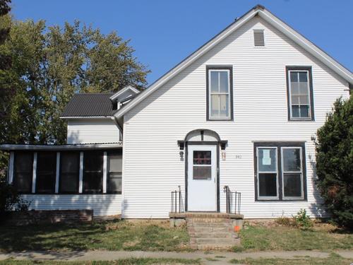 Photograph of 340 State St, Lyons, NE 68038